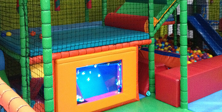 Mini 39 s party and play centre for Baby play centre